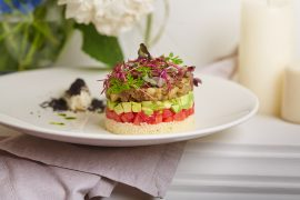 Vegetarianskiy Milfey s kuskusom,avokado i pechenymi baklazhanami_620