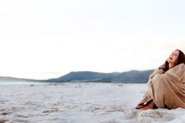 beach blanket woman