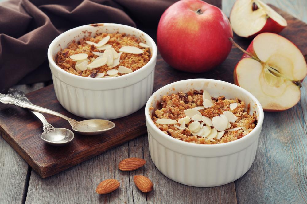 Крамбл с яблоками рецепт с фото