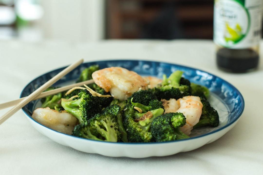 brokkoli-i-krevetki