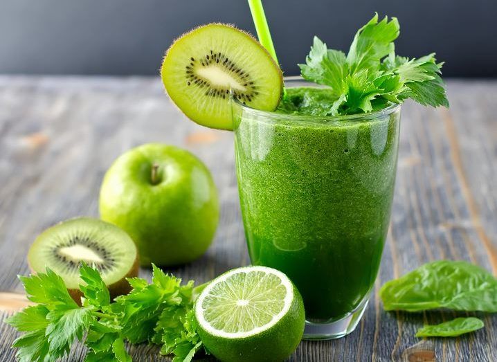 green-smoothie-718x523